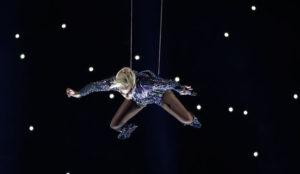 Intel y sus drones, la guinda de la performance de Lady Gaga en la Super Bowl