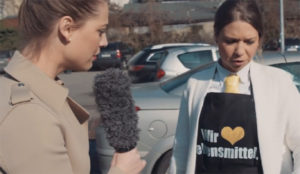 Lidl tira los trastos a otro supermercado (para despellejarlo) en este hilarante vídeo