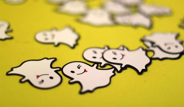 Snapchat se embolsará 2.000 millones de dólares en 2018 (por mucho que le duela a Facebook)