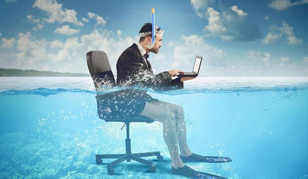 Desconexión digital, una demanda social que el gobierno podría convertir en derecho