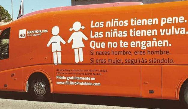 """El Ayuntamiento de Madrid frena el """"autobús de la vergüenza"""" contra la transexualidad"""