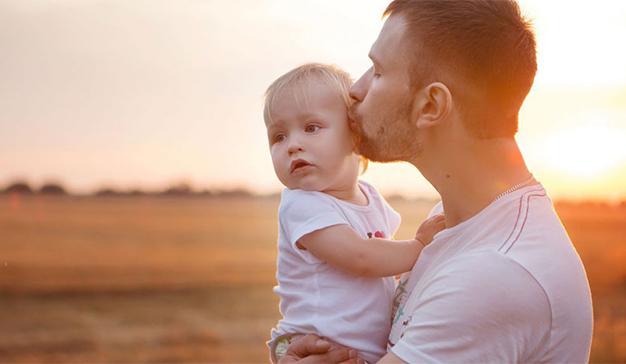 Los españoles gastan un 14% menos en el Día del Padre que en el de la Madre
