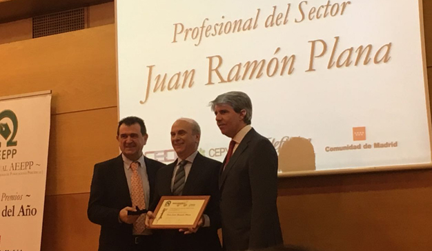 Juan Ramón Plana, premio al Profesional de la Comunicación del Año de la AEEPP