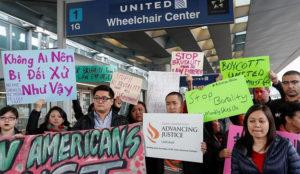 En Asia las redes sociales están que echan chispas contra United Airlines