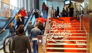JCDecaux gestiona la publicidad Exterior de la L3 de Metro Bilbao