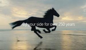 Lloyds Bank celebra sus 250 años con un anuncio que refleja su grado de compromiso con los clientes