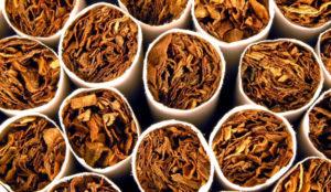 Los bares se quedan sin 13.000 máquinas de tabaco y el contrabando aumenta un 9,2%