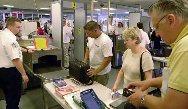 EE.UU. prohibirá los portátiles en cabina a vuelos procedentes de Europa