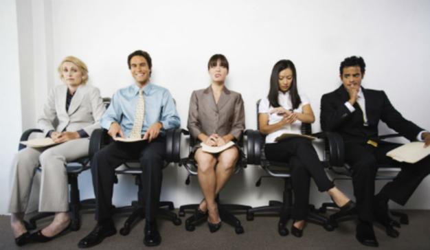 Estos son los 7 errores de lenguaje corporal más habituales en las entrevistas de trabajo