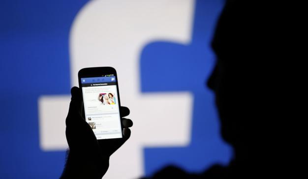 Facebook quita visibilidad a las publicaciones con contenido engañoso