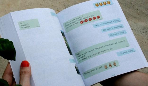 Ya no se separará de su smartphone ni para leer: llegan las novelas en formato WhatsApp