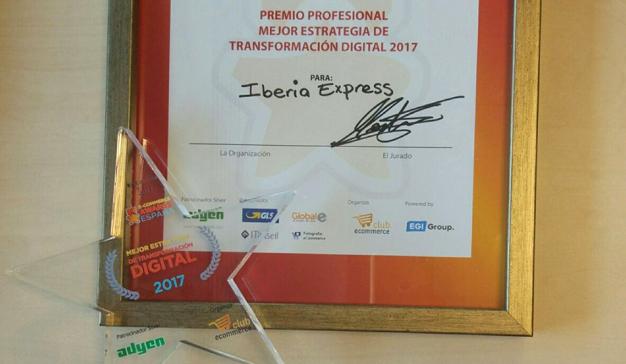 """Iberia Express recibe el premio a la """"Mejor Estrategia de Transformación Digital 2017"""""""