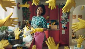 Este hilarante anuncio musical le recordará por qué odia a muerte lavar los platos a mano