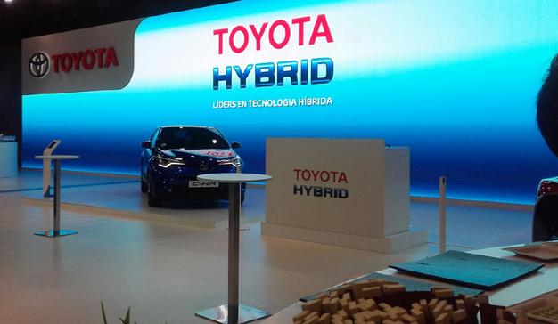 Eventisimo diseña y produce el stand de Toyota España en Automobile Barcelona
