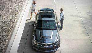 Cadillac quiere que cambie de coche como de camisa (o casi)