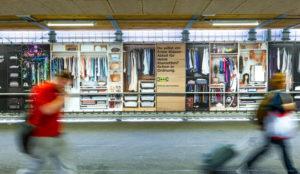 El armario más largo del mundo es de IKEA y tiene su casa en una estación de tren