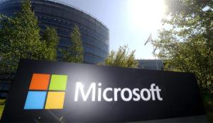 Microsoft encara su futuro ligero de equipaje (con miles de empleados menos)