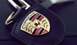 Alemania echa el freno a la venta de un modelo de Porsche por mentir sobre las emisiones