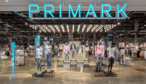 Miles de chanclas retiradas de Primark por contener un producto cancerígeno