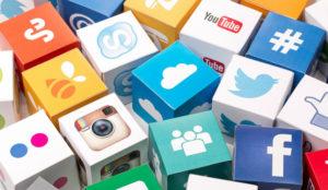 ¿Cómo controlan los medios su identidad de marca en las redes sociales?