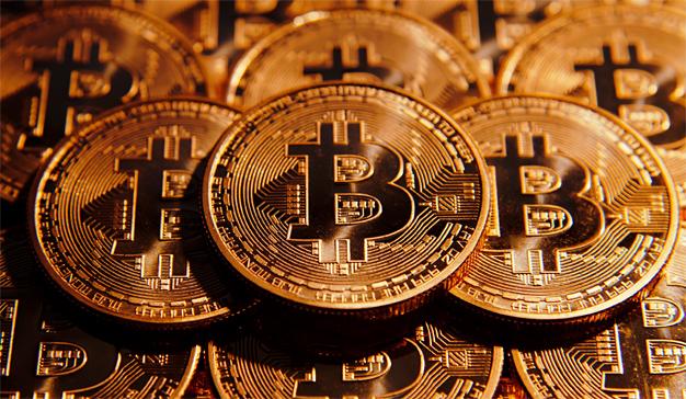 El bitcoin pulveriza todos los récords y supera la barrera de los 4.000 dólares