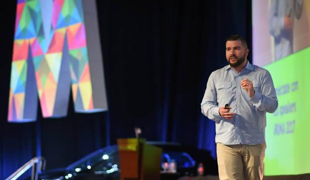 El experto en storytelling Carlos Gil ofrecerá una masterclass y participará en FOA 2017