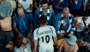 En este spot el fútbol marca un asombroso (y amoroso) gol al espectador