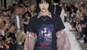 Un póster de Stranger Things se convierte en prenda de Louis Vuitton