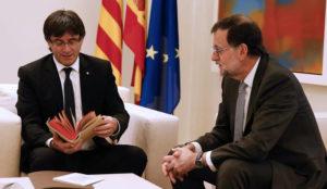 Rajoy y Puigdemont, los políticos de los que más se habla en Twitter