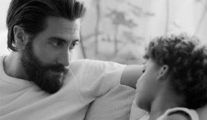 Este spot de Calvin Klein se olvida del sexo para poner el foco en sus (dulces) consecuencias