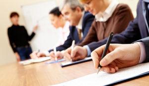 IEBS ofrece seminarios y webinars para formar a empresarios y estudiantes