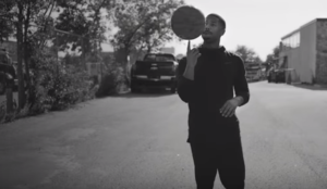 Michael B. Jordan nos cuenta su rutina deportiva en este documental de Nike