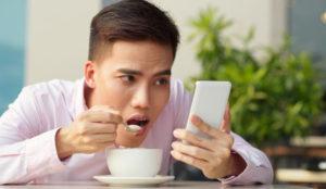 La obsesión por los teléfonos móviles es una realidad