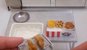 KFC se une a la moda de la comida en miniatura
