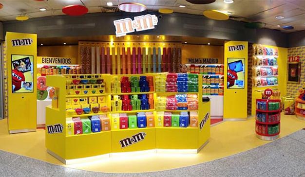 6f4306bb554c El Corte Inglés abre 3 tiendas de M&M's en sus centros comerciales ...