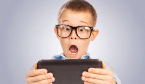 El gobierno francés prohíbe a los niños de 6 a 15 años usar el móvil en horario escolar