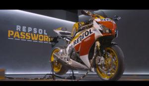 Repsol regala una moto a uno de sus seguidores a través de Facebook