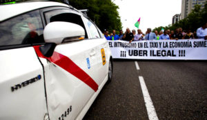 El Tribunal de Justicia de la Unión Europea da la razón a los taxistas frente a Uber