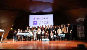 Grupo Entusiasmo entrega con Manuela Carmena los galardones de