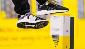 Con estas zapatillas de Adidas podrá viajar por Berlín sin billete (porque ellas son el billete)