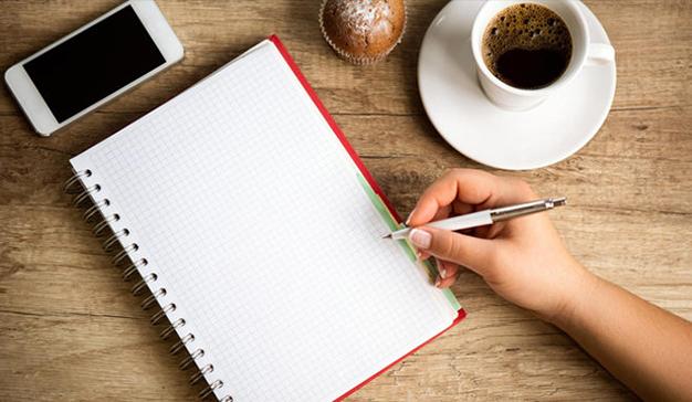 10 consejos de tres autoras indie para autopublicar con éxito en 2018