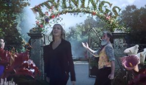 Alicia cae en la madriguera del conejo para beber infusiones en este spot de Twinings