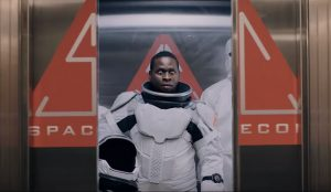 Un becario conduce un Polo y acaba en una nave espacial en este delirante spot de Volkswagen