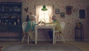 Dos Equis anima a sus consumidores a mantener el interés en una campaña llena de hipérboles