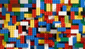 Los beneficios de Lego caen por primera vez en diez años