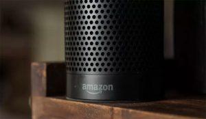 Amazon quita a Alexa la fea (y siniestra) costumbre de reírse descontroladamente