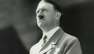 Si Hitler viviera hoy, la red de redes sería su principal compinche (según esta campaña)
