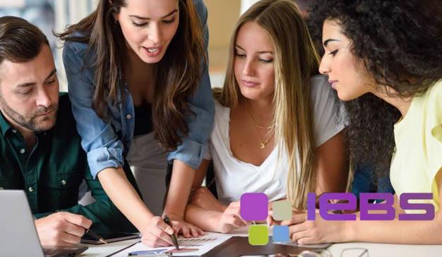 Formación continua con los seminarios y webinars de marketing digital de IEBS