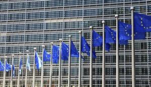 Bruselas dará luz verde a un impuesto sobre la facturación de Google, Apple o Facebook en la UE