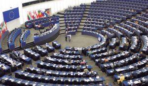 Varios parlamentarios europeos se unen para impulsar la legislación sobre noticias falsas